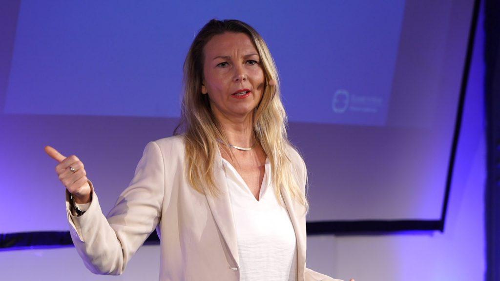 Elisabeth Hulm Keynote Speaking
